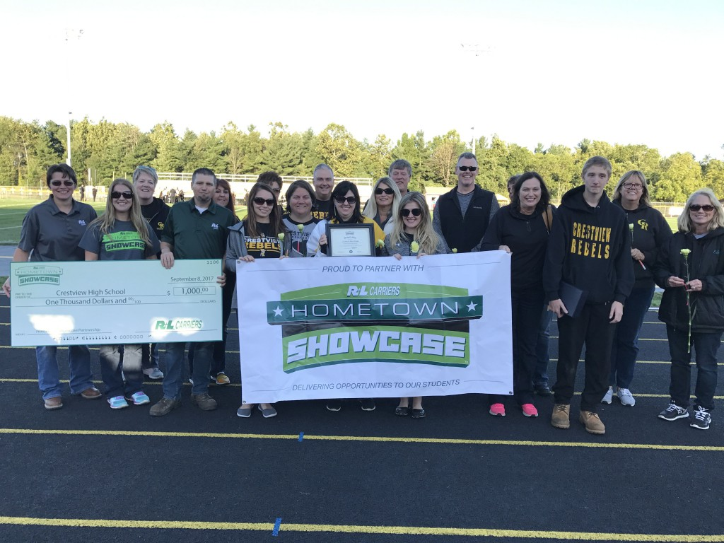On Friday, Sept. 8, 2017, the R+L Carriers Hometown Showcase Hauler took a trip to Columbiana, OH, and visited the students of Crestview High School.